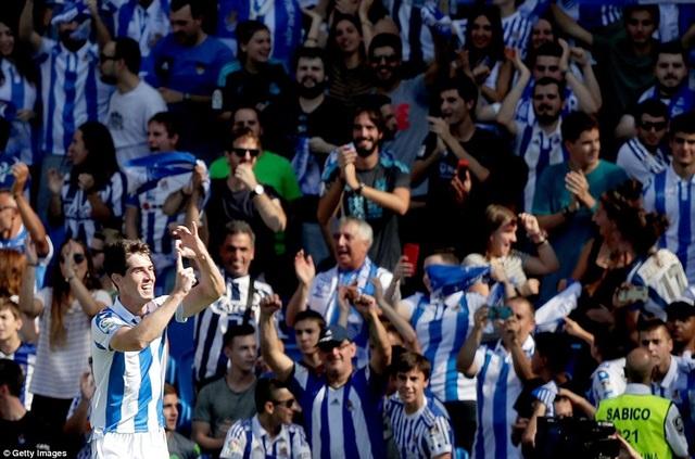 Sociedad là đội chơi ấn tượng và sắc sảo hơn ở hiệp 1