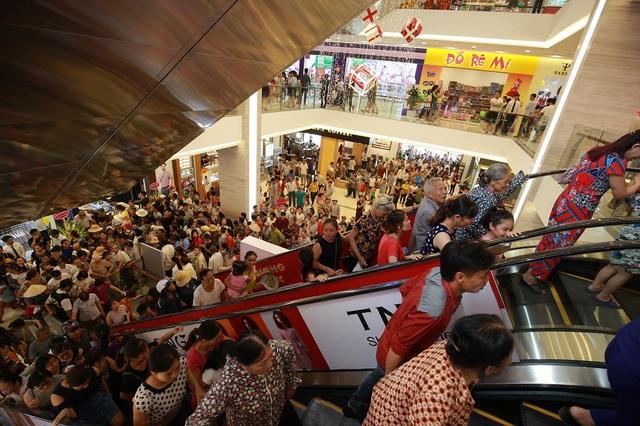 Vincom đạt mốc 60 trung tâm thương mại trên toàn quốc - 2