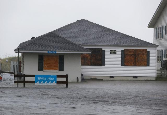 Hiện tình trạng khẩn cấp vẫn được ban bố tại 5 bang ven biển của Mỹ gồm Bắc Carolina, Nam Carolina, Georgia, Maryland và Virginia.