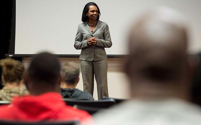 5 bí quyết giúp sự nghiệp thăng tiến từ cựu Ngoại trưởng Mỹ - 1