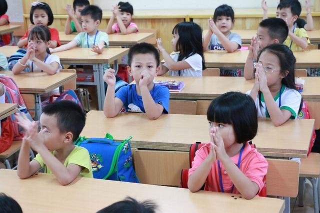 Được biết, toàn trường Tiểu học Chu Văn An có 57 lớp ở cả 5 khối nhưng tổng số phòng học chỉ có 41 phòng. (Ảnh: Hà Đình Cường)