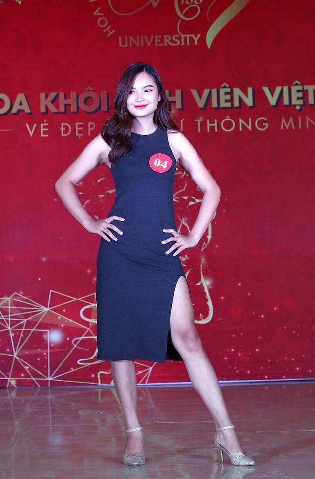 Nữ sinh Hà Nội xúng xính váy áo dự thi Sơ khảo Hoa khôi Sinh viên Việt Nam - 1