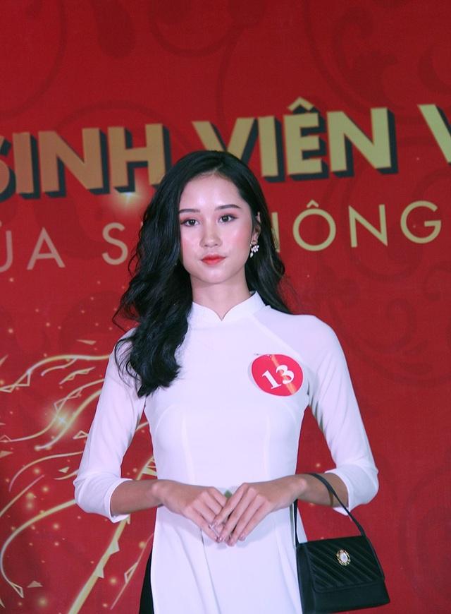 Nữ sinh Hà Nội xúng xính váy áo dự thi Sơ khảo Hoa khôi Sinh viên Việt Nam - 11
