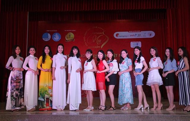 Nữ sinh Hà Nội xúng xính váy áo dự thi Sơ khảo Hoa khôi Sinh viên Việt Nam - 12