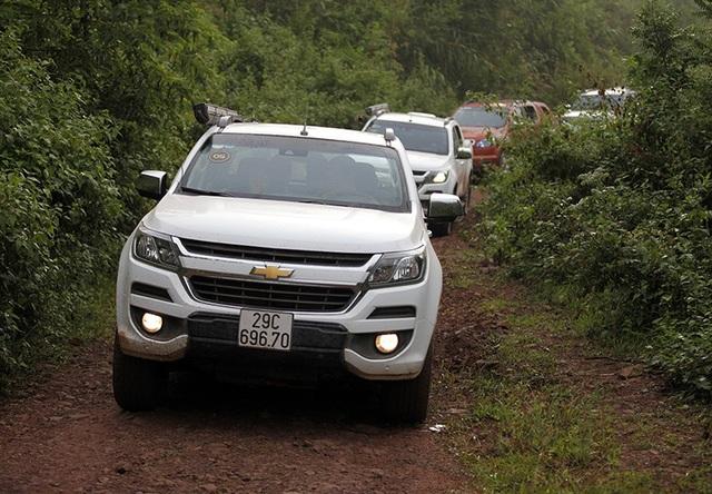Các hãng xe tại Việt Nam chuyển sang nhập khẩu toàn bộ các dòng bán tải và SUV 7 chỗ từ ASEAN.