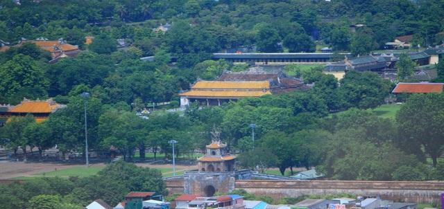 Ngọ Môn, Điện Thái Hòa, Trường Lang và cửa Ngăn