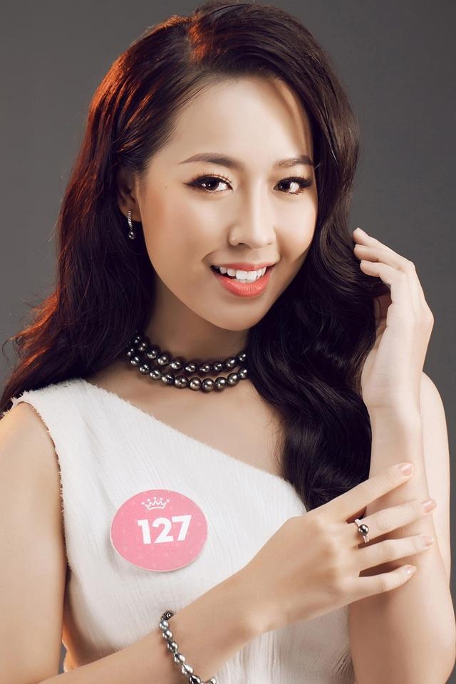 Sở hữu gương mặt xinh đẹp, hình thể chuẩn với chiều cao 1,73m, số đo ba vòng 83-62-94 cùng thành tích học tập ấn tượng, Hà My được dự đoán sẽ lọt vào top 10 của Hoa hậu Việt Nam 2018.