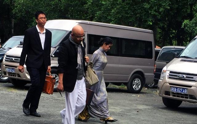 Ông Đặng Lê Nguyên Vũ một lần đến tòa hòa giải