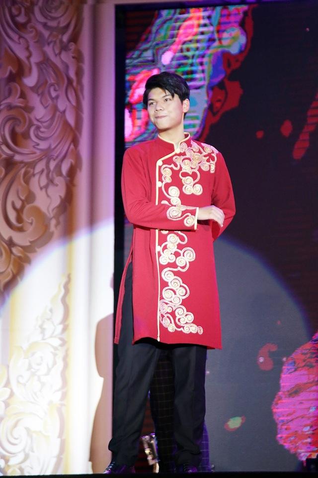 Vũ Quốc Đăng giành giải Đại sứ tài năng.