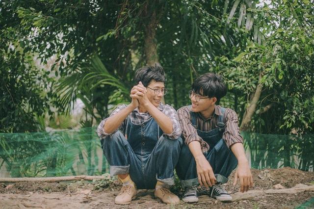 Khi chia sẻ ảnh lên mạng xã hội, Thanh Bình cho biết cũng nhận được nhiều góp ý từ mọi người, nhiều ý kiến cho rằng không hợp vì họ không hiểu hết ý của bộ ảnh.