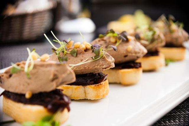 Gan ngỗng đã gắn bó với ẩm thực truyền thống Pháp như một niềm tự hào bất di bất dịch.