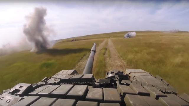 Xe tăng Nga tham gia tập trận Vostok-2018 (Ảnh: RT)