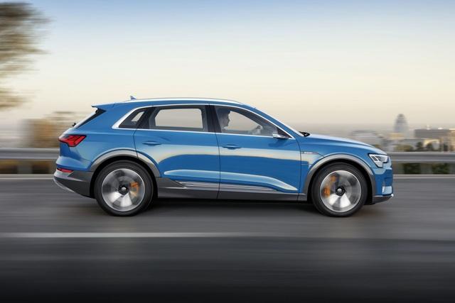 Audi e-tron SUV khuấy động phân khúc xe sang chạy điện - 8