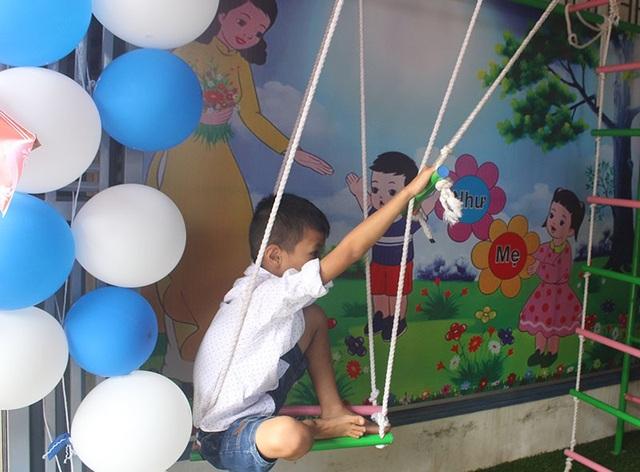 Những cháu bé được Trung tâm can thiệp, giúp đỡ đang dần hòa nhập với cộng đồng.