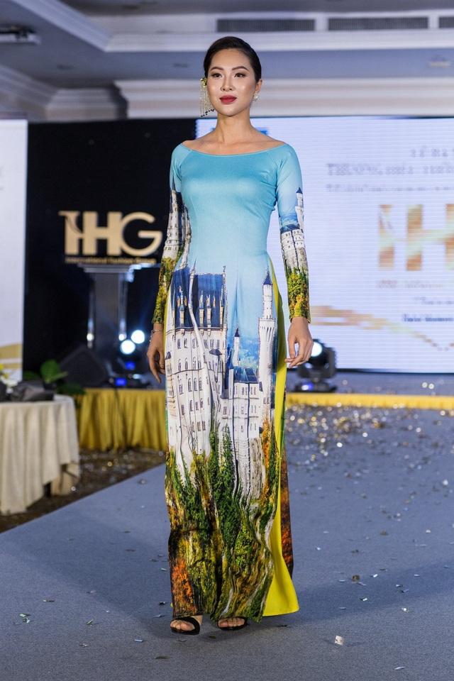 Hoa hậu Áo khoe trang phục truyền thống - 10