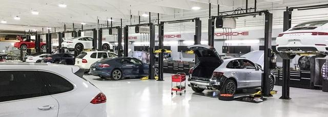 Đại lý Champion Porsche nằm ở Pompano Beach, tiểu bang Florida.