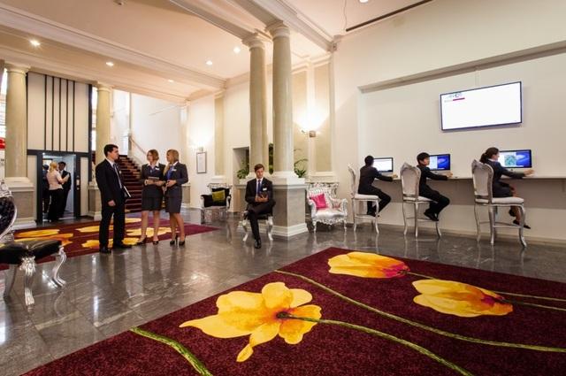 """Khái niệm """"khách sạn hạng sang"""" - Di sản César Ritz để lại cho ngành quản trị khách sạn hiện đại - 2"""