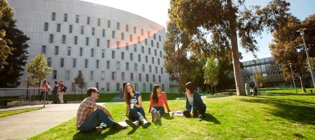 Học bổng 50% học phí du học Úc từ trường đại học công lập hàng đầu - 4