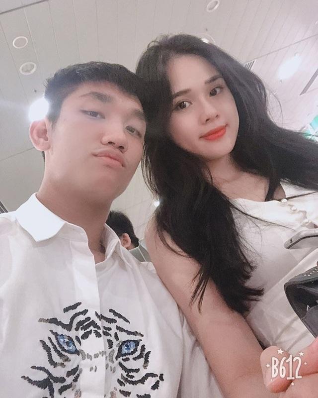 Nguyễn Huyền Trang (22 tuổi, quê Quảng Ninh) là bạn gái hiện tại của cầu thủ Nguyễn Trọng Đại.