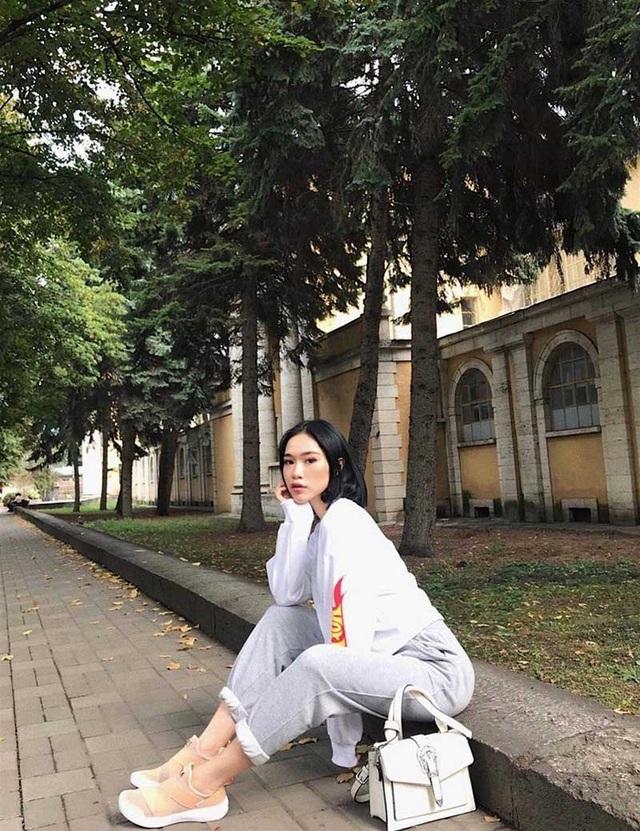 Thiếu nữ Việt xinh đẹp bị nhầm là... con lai - 9