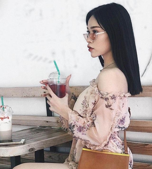 Điều đặc biệt rằng nhiều người thường xuyên nhầm cô là con lai, nhưng thật ra bố Trà My người Ninh Bình và quê ngoại của cô ở Nam Định.