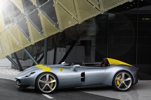 "Monza SP1 và Monza SP2 - ""Bùa ngải"" mới của Ferrari - 6"