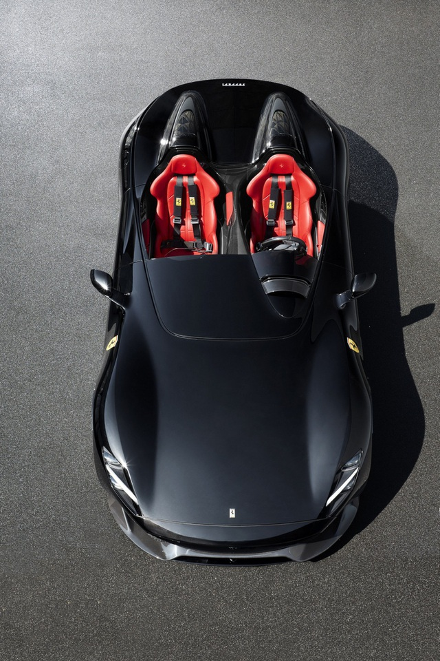 "Monza SP1 và Monza SP2 - ""Bùa ngải"" mới của Ferrari - 11"