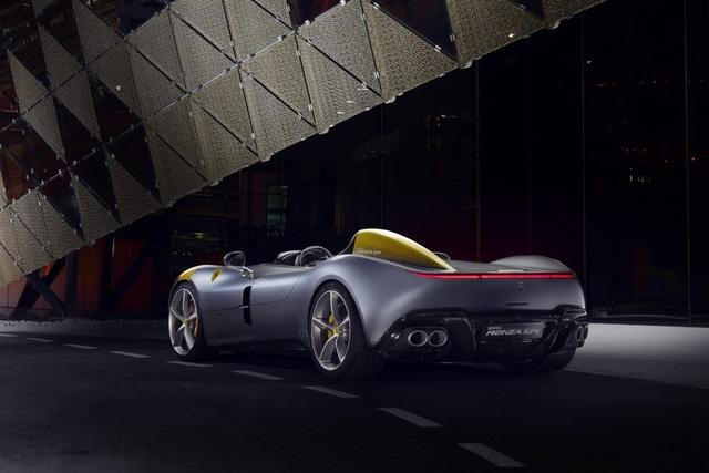 "Monza SP1 và Monza SP2 - ""Bùa ngải"" mới của Ferrari - 8"