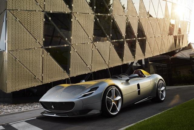 "Monza SP1 và Monza SP2 - ""Bùa ngải"" mới của Ferrari - 5"