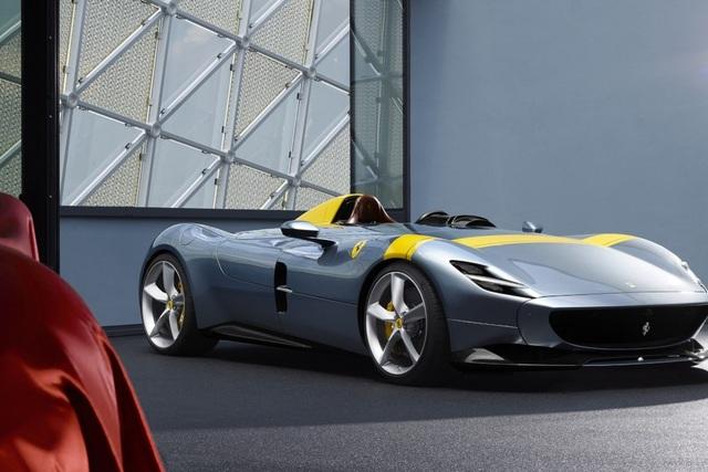 "Monza SP1 và Monza SP2 - ""Bùa ngải"" mới của Ferrari - 1"