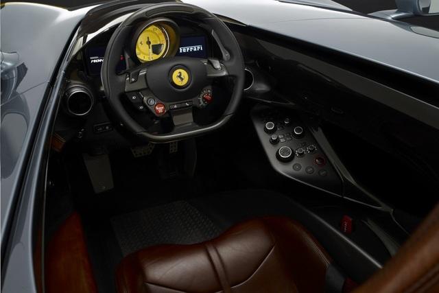 "Monza SP1 và Monza SP2 - ""Bùa ngải"" mới của Ferrari - 7"