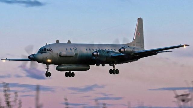 Mẫu máy bay Il-20 tương tự chiếc vừa bị bắn rơi của Nga (Ảnh: AFP)