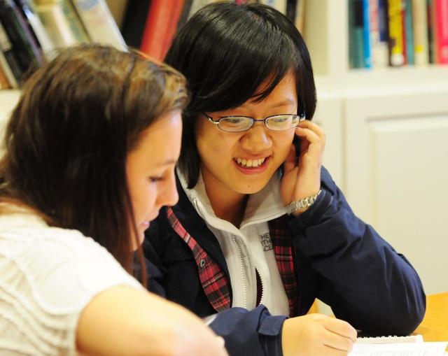 Học bổng chương trình tiếng Anh lên tới $17,000 với University Abroad Program - 1