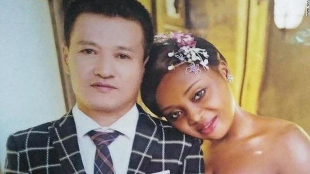 Cặp vợ chồng Zou Qianshun và Sandra Made