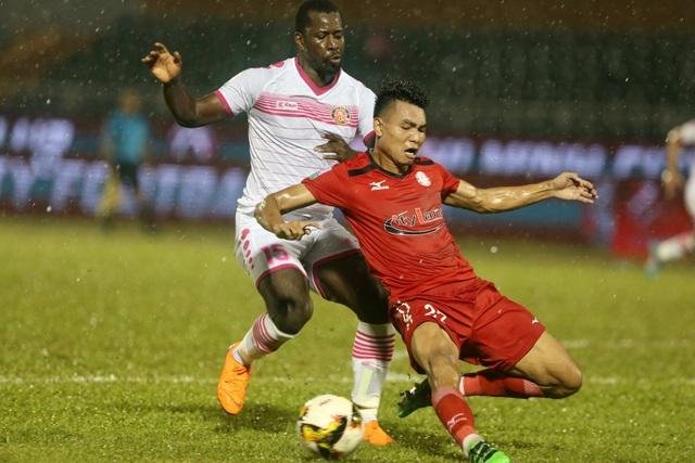 Cả CLB TPHCM và Sài Gòn FC đều có những lợi thế nhất định để trụ hạng (ảnh: Anh Hải)