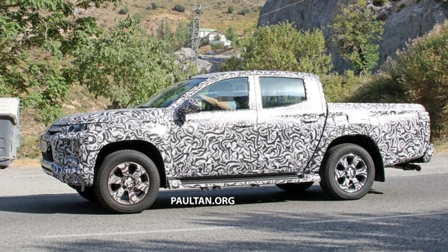 Mitsubishi hé lộ hình ảnh Triton mới - 3