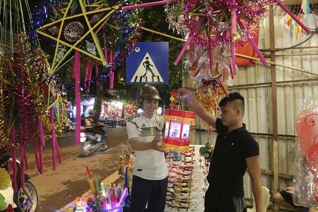 Chợ Trung thu phố cổ Hà Nội đông nghịt người - 15