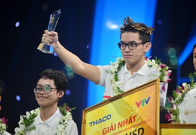 Nguyễn Hoàng Cường vô địch Olympia năm thứ 18