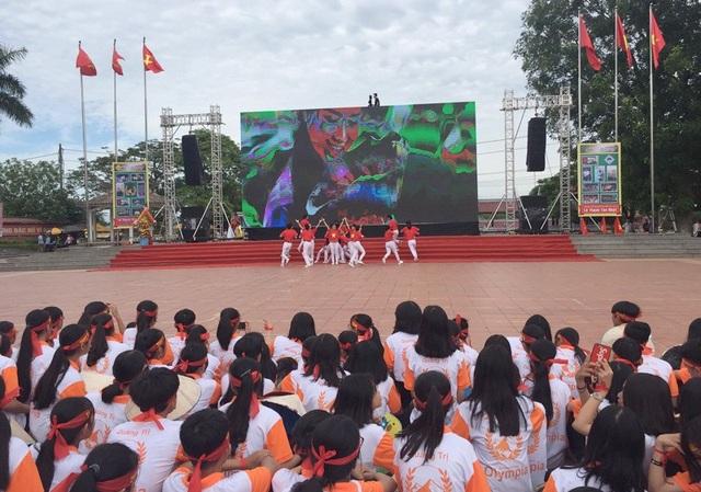 Gấp đôi điểm thí sinh thứ hai, Hoàng Cường vô địch Đường lên đỉnh Olympia 2018 - 27