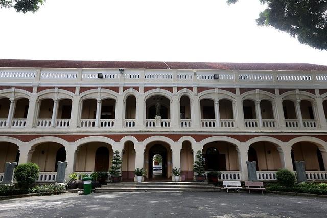Đại chủng viện Thánh Giuse là tòa nhà đã tồn tại 150 năm tuổi.