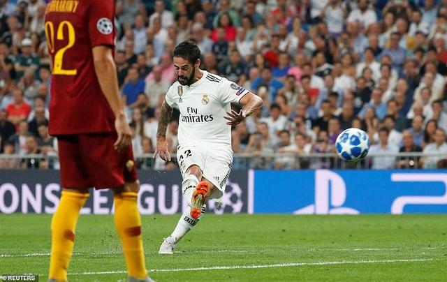 Isco khai thông thế bế tắc cho Real Madrid sau pha sút phạt đẳng cấp