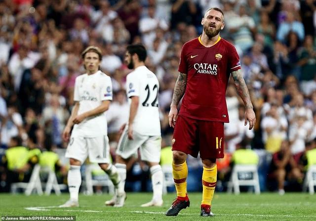 Nỗi thất vọng của đội trưởng De Rossi bên phía AS Roma