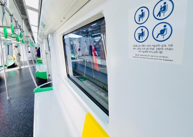 Trên tàu chia các vị trí ghế ngồi phù hợp với mỗi đối tượng hành khách
