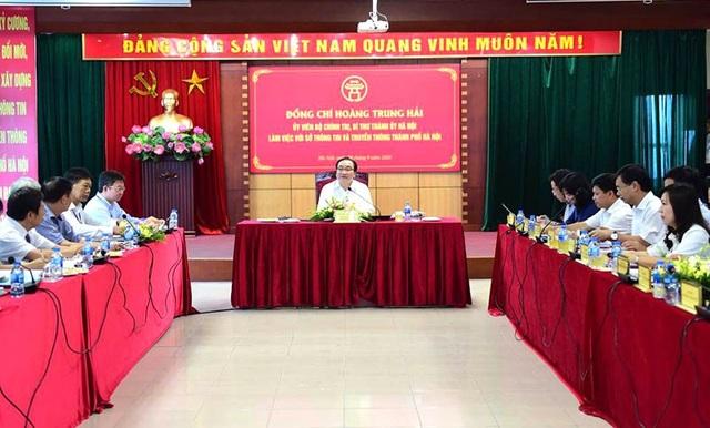 Bí thư Thành ủy Hà Nội Hoàng Trung Hải làm việc với Sở TT&TT