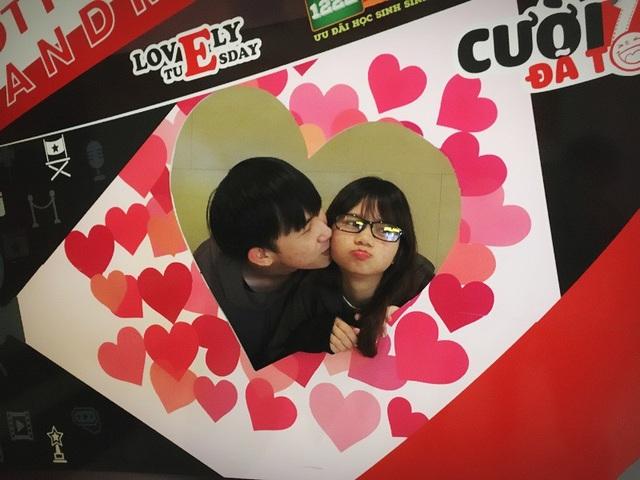 Chuyện tình yêu thú vị của cặp đôi lệch nhau tới... 30cm - 5