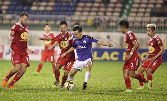 HA GIa Lai (đỏ) đã thua 4 trận đấu liên tiếp ở V-League
