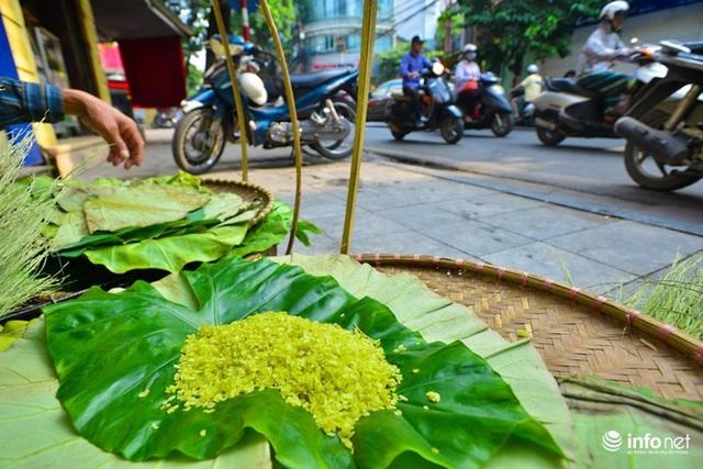 Cốm làng Vòng - nét đặc trưng của mùa Thu Hà Nội.