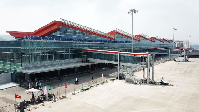 Cảng hàng không quốc tế Vân Đồn đang gấp rút hoàn thiện để đưa vào khai thác