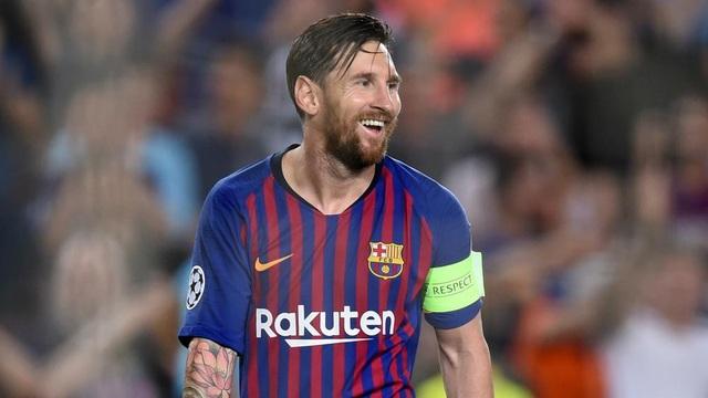 Messi lập hat-trick trong chiến thắng 4-0 của Barcelona trước PSV
