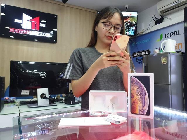 iPhone XS Max đầu tiên về Việt Nam